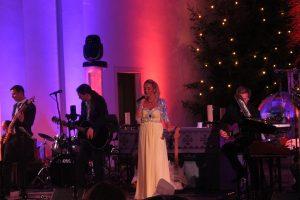 Benefizkonzert-Weihnachtskonzert-2016-d-lite-partyband-marienkirche-geseke-72