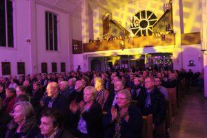 Benefizkonzert-Weihnachtskonzert-2016-d-lite-partyband-marienkirche-geseke-87